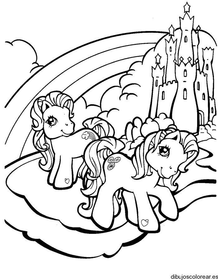 Dibujo de dos ponys frente a arco iris