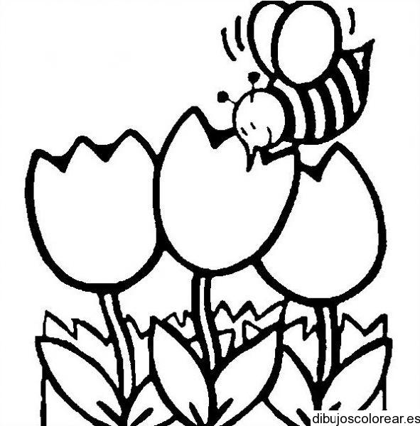 Dibujo de tres lindas flores y una abeja