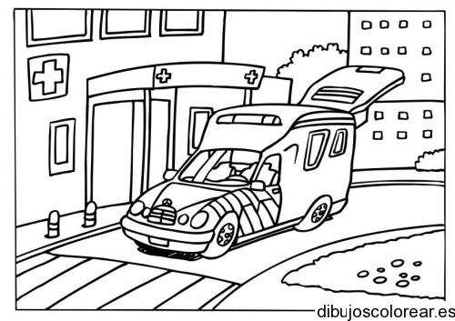 Dibujo de una ambulancia en el hospital | Dibujos para Colorear