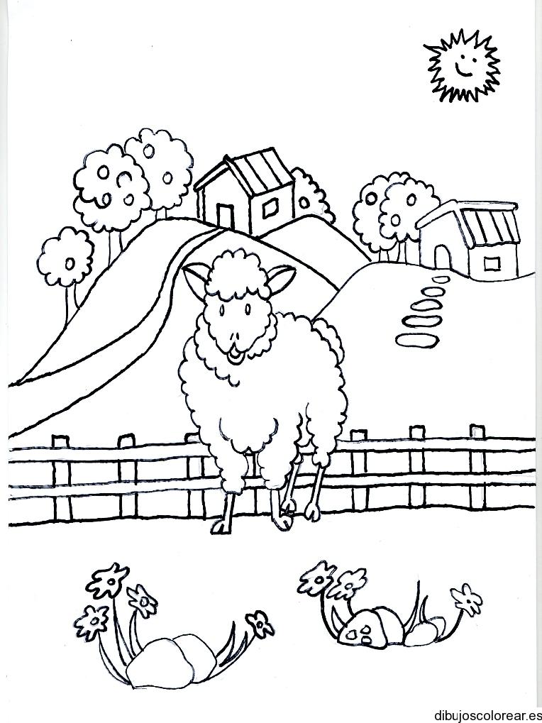 Dibujo De Una Oveja Frente A Las Montanas
