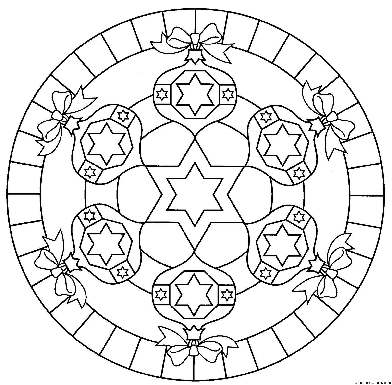 Dibujo de un círculo con esferas navideñas