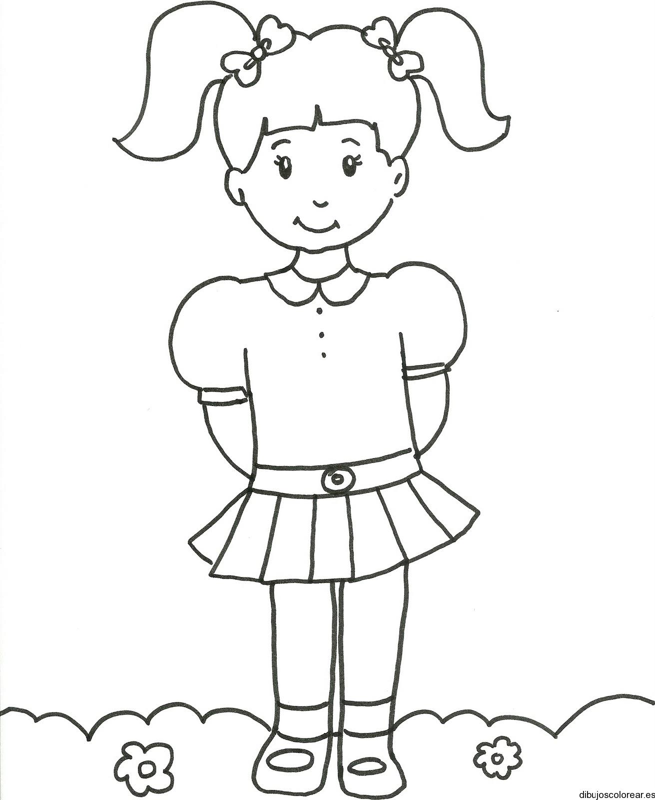 Dibujo De Una Nina Con Uniforme