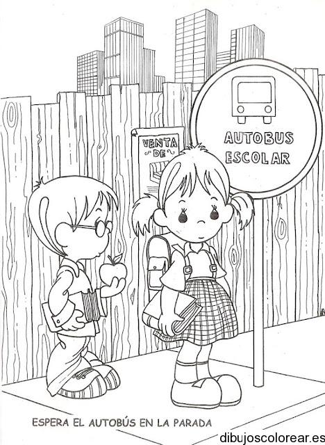 Dibujo De Esperando Cruzar La Calle